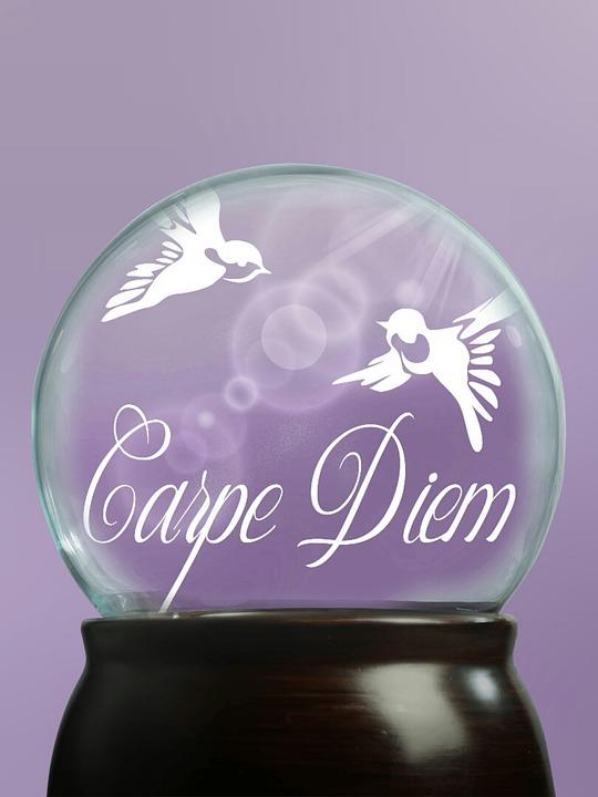 glass-ball-1500018_960_720